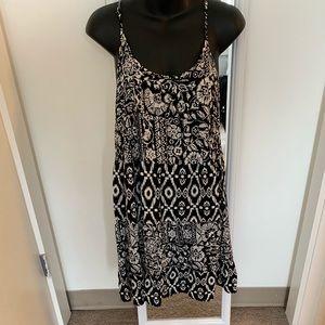 Dresses & Skirts - Strappy Patterned Sundress